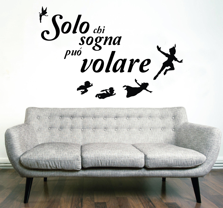 Stickers Murali Frasi.Wall Stickers Adesivi Murali Frase Solo Chi Sogna Puo Volare
